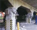 高架橋柱の地震時における損傷の事例