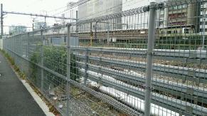 鉄道に関するセキュリティ強化(柵の設置)