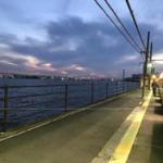 海芝浦駅(夕方)